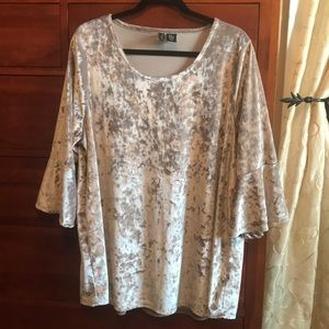 Cynthia Rowley 2X champagne crushed velvet blouse